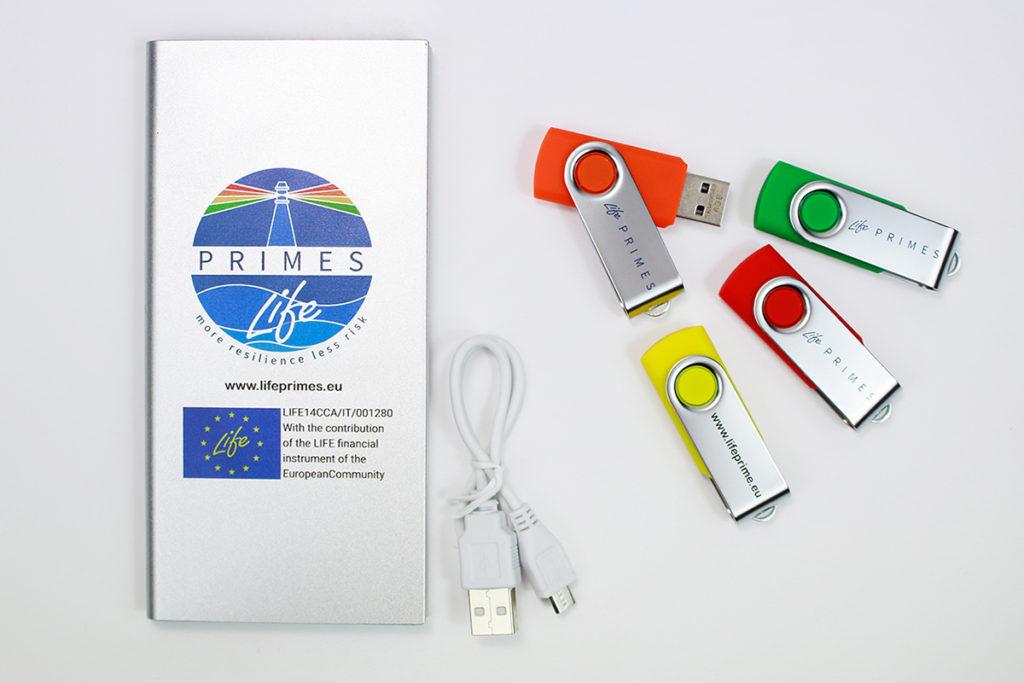 7b9b5df8f4 gadget personalizzati logo life primes; powerbank e USB perosnalizzati logo  life primes ...