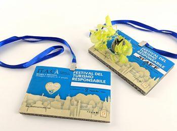 badge ecologici personalizzati ecopostcard