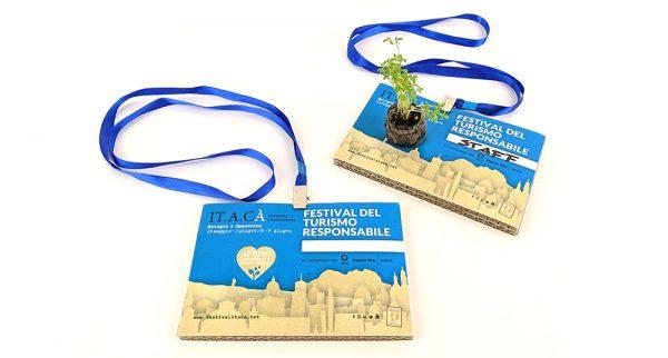 badge ecologici personalizzati ecopostcard itacà